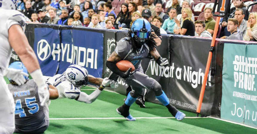 Sharks Gain Standout Wide Receiver Darius Reynolds