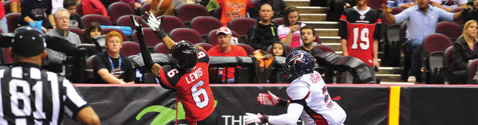 WR Thyron Lewis Signs With the Cobras
